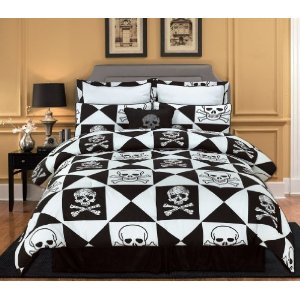 7 Pieces Black and White Pirate Skull and Bone Bed-in-a-bag King Size Comforter